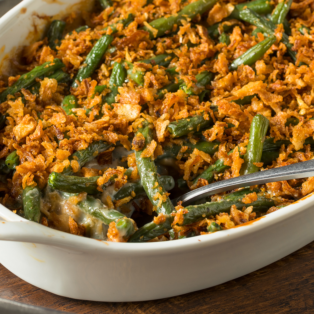 cheesy green bean casserole is one of the 21 Best Vegan Christmas Dinner Recipes
