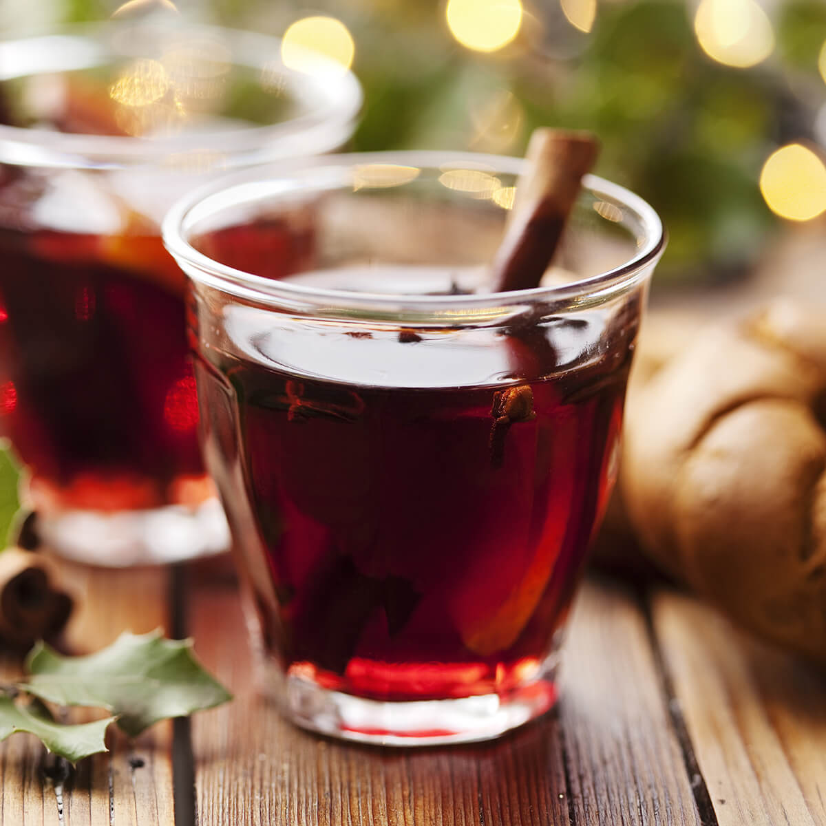 mulled wine is one of the 21 Best Vegan Christmas Dinner Recipes